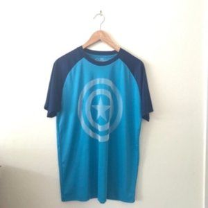 Marvel Captain America Graphic tee size L